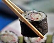 makizushi, maki, rolls o rollos de sushi